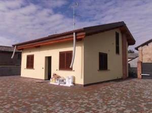 Ristrutturazione e cambio d'uso di un deposito agricolo in villetta indipendente a piano terra con soppalco